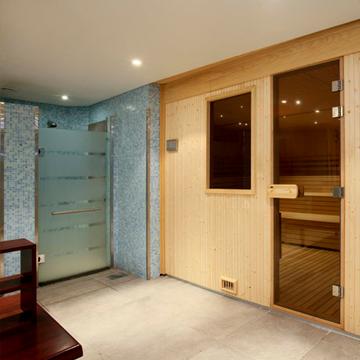 bleisure.com sauna in spa 2